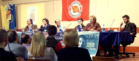 Il tavolo della presidenza con Giovanni Russo Spena, Vincenzo ascrizzi, Lorenzo Capizzi, Dario Crippa, Jole Garruti e Filippo Basile